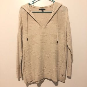 American Eagle Cream patterned knit sweater